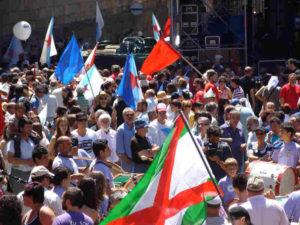 Santiago- dichtes Gedränge bei Pilgermesse in der Kathedrale